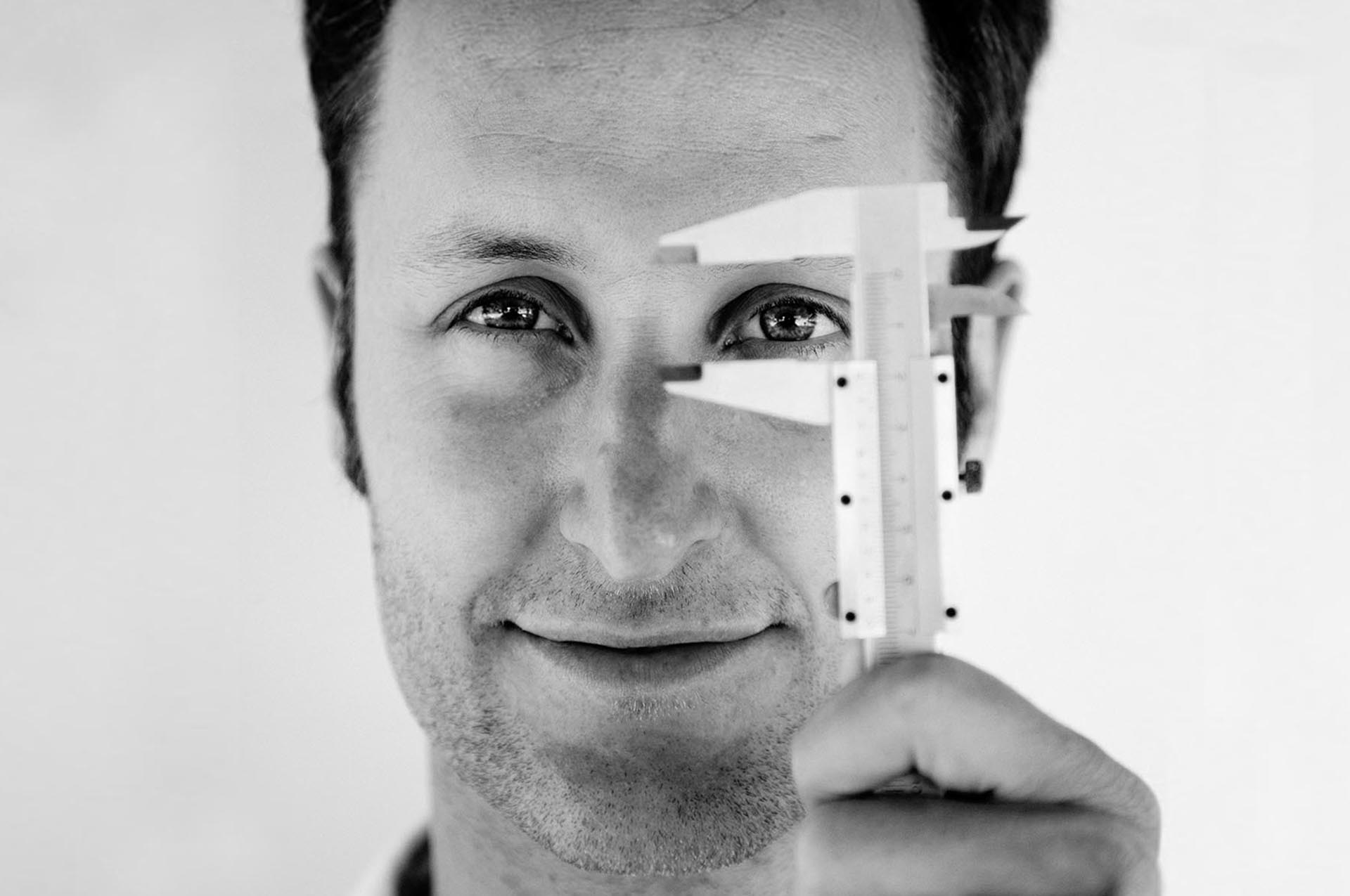 Adrian Nagel<h5>Branding / Print / Web<h5>